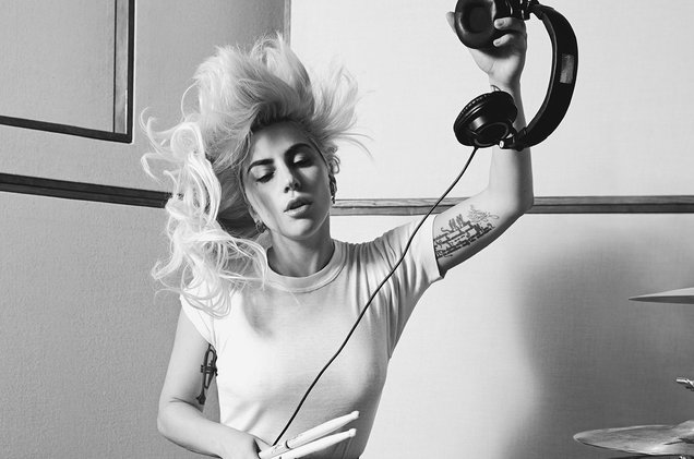 """In Lady Gaga's """"Joanne,"""" Listeners CanHear the Maturation of an Artist"""