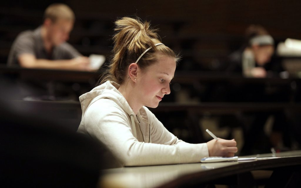 The Problem with Competitive Complaining in College