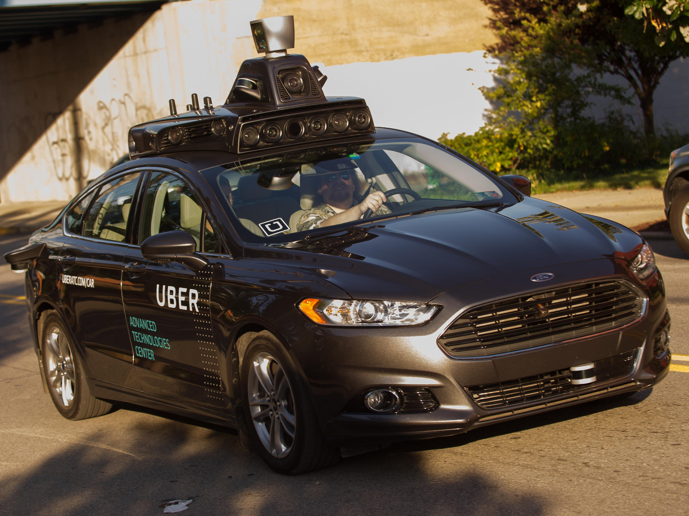 The Accident Involving Uber's Self-Driving Car Changes Little for College Users