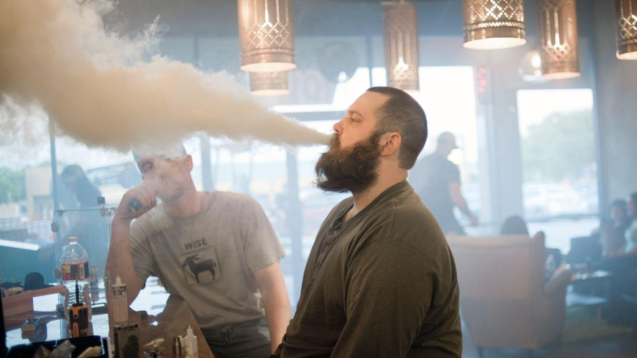 Vaping Continues to Rise in Popularity Among College Students