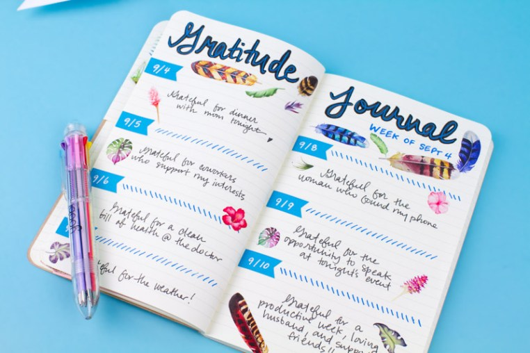 Adding color to your journal increases its visual appeal. (Image via PokPic)