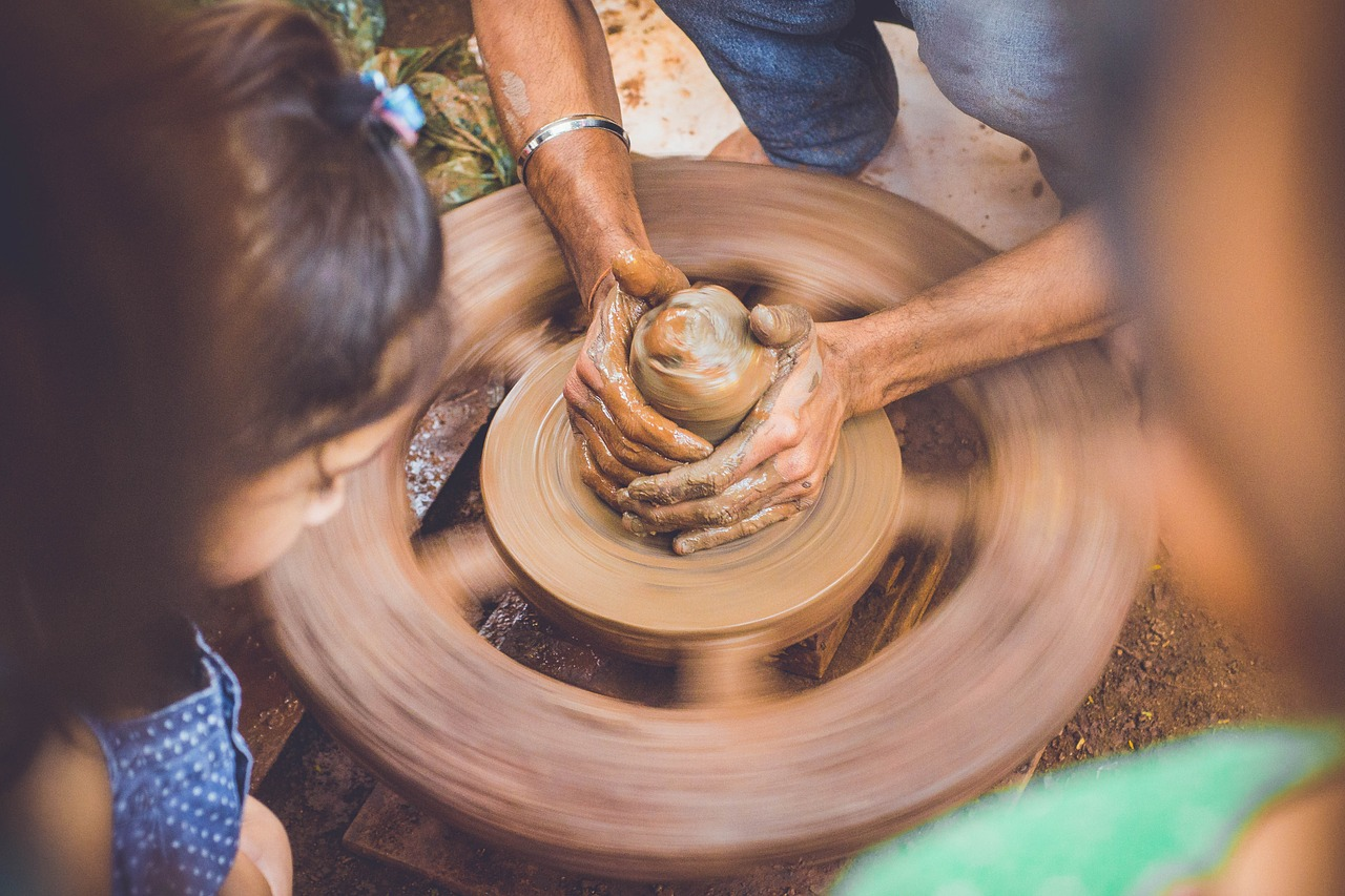 summer activity pottery